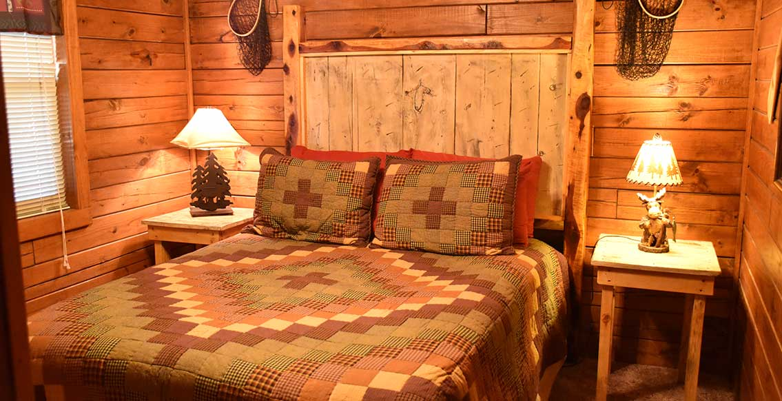Eureka Springs Cabin - The Trapper